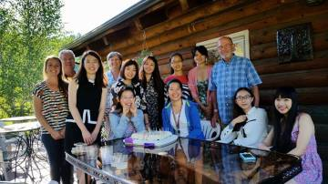 Lucia took this great photo of everyone at the party. From left, they are Laura Scheer, Dennis Swibold, Jiang Yiyun, Julie Swibold, Chen Xiaoying (seated), Lu Nan, Zhang Kaiju, Chen Yijun (seated) Tang Jinglei, Lin Li, Clem Work, Li Huizhong and Yu Shijie.